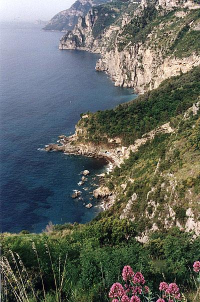 Photo: Amalfi Coast, Italy | Photo: Marsha J Black